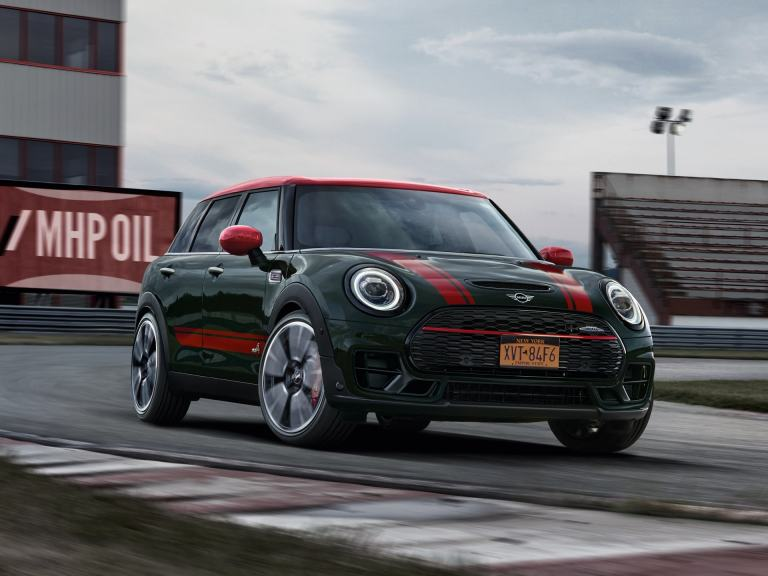 MINI John Cooper Works Clubman – vista frontal – circuito